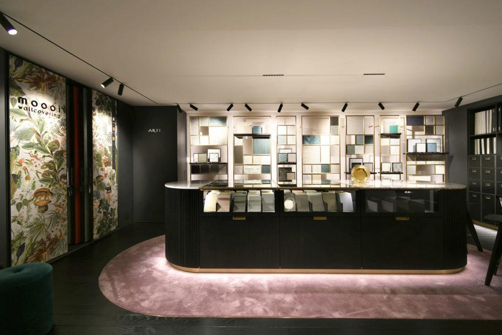 MTF Arte realisaties conceptstores metaalwerk op maat interieur behang